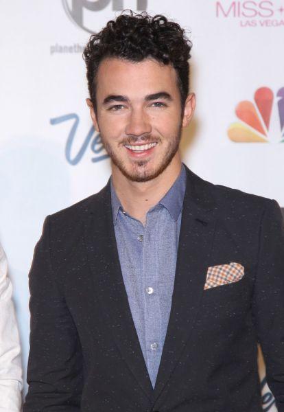 Kevin Jonas 2013