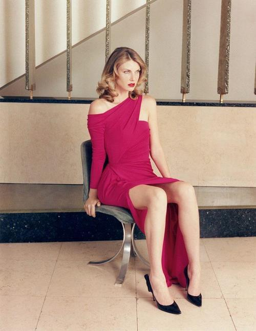 Angela Lindvall pink dress
