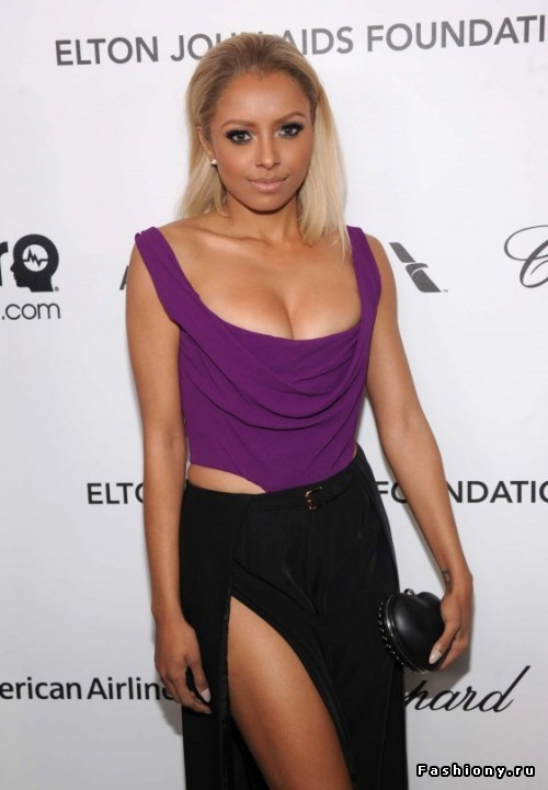 kat graham height