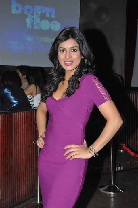 Pallavi Sharda height