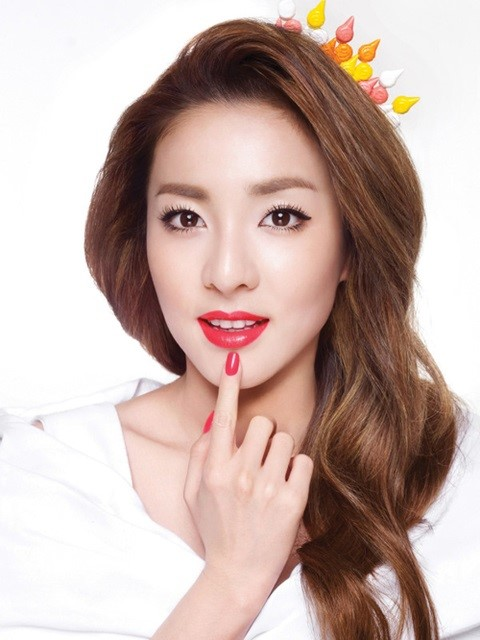 Sandara Park height and weight 2013