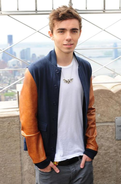 Nathan Sykes height