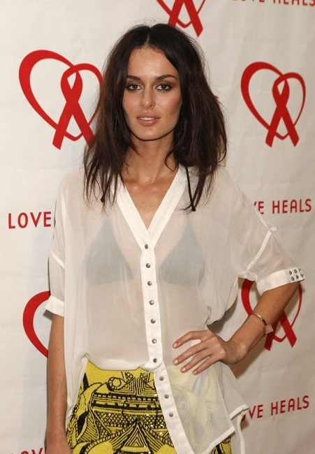 Sexy Nicole Trunfio height