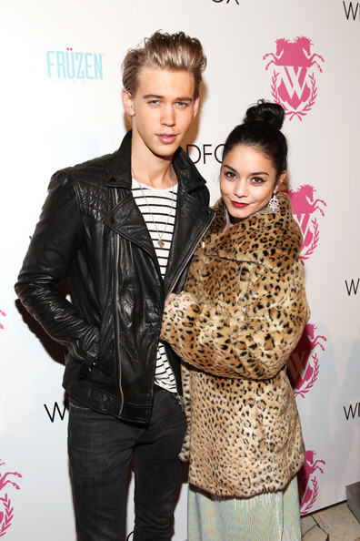 Is vanessa still dating austin butler