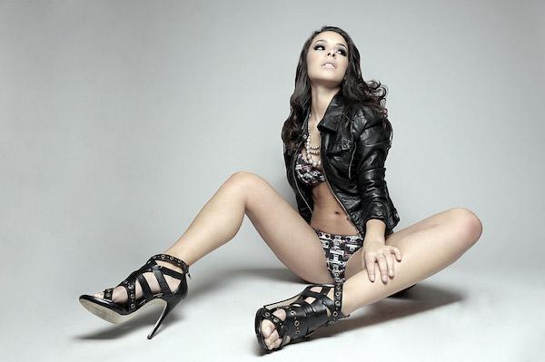 Jessica Caban hot legs