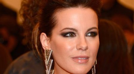 Kate Beckinsale Height, Weight, Age, Body Statistics