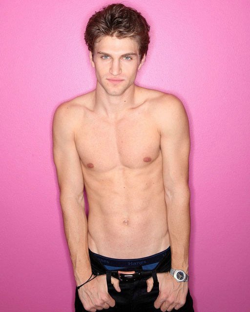 Keegan Allen shirtless 2014