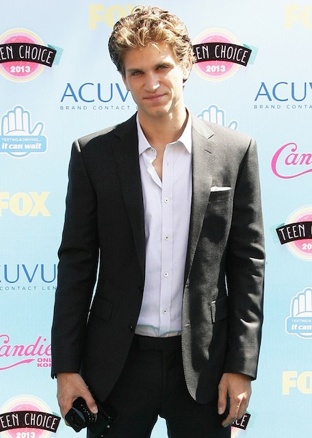 Keegan Allen height