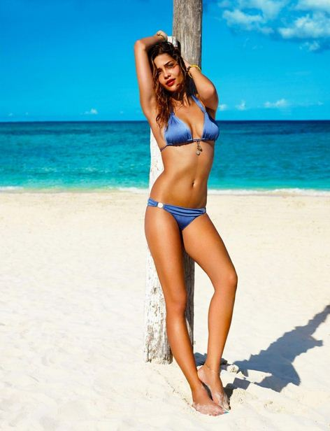 Ana Beatriz Barros in bikini