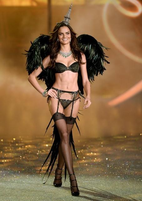 Barbara Fialho during Victoria's Secret Fashion Show 2013