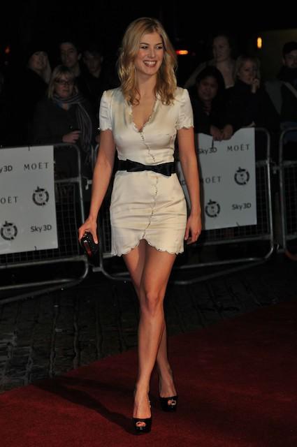 Rosamund Pike Height Weight Body Statistics - Healthy Celeb