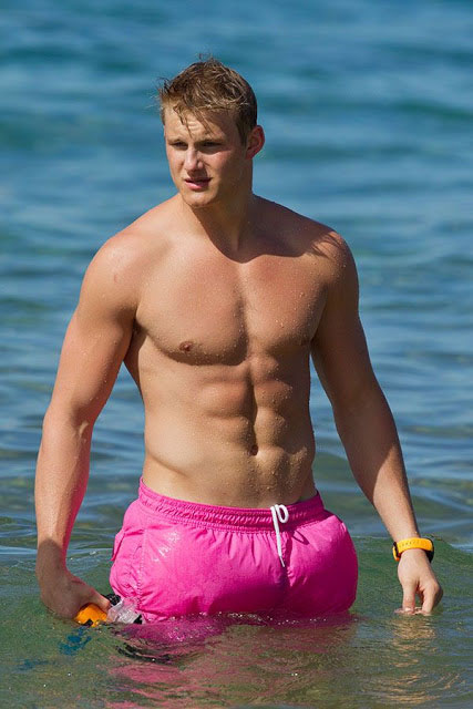 Alexander Ludwig shirtless body