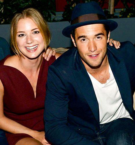 Emily VanCamp and Joshua Bowman