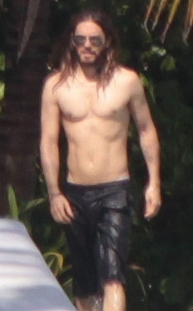 Jared Leto shirtless body