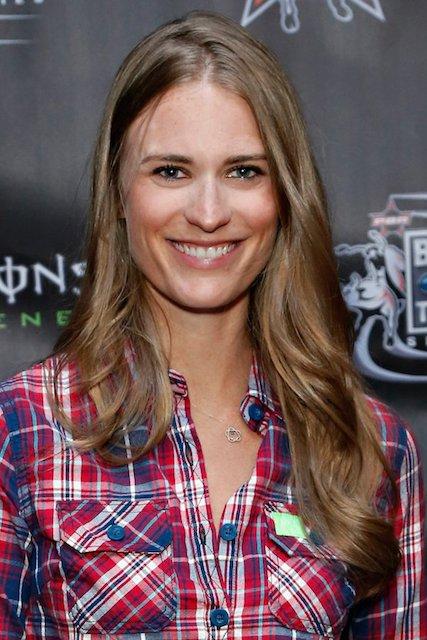 Julie Henderson 2014