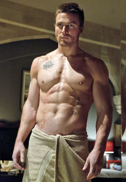 Stephen Amell shirtless body