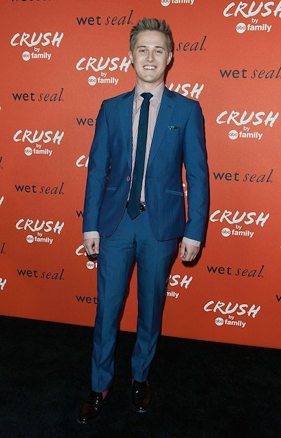 Lucas Grabeel height