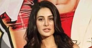 Nargis Fakhri Main Tera Hero Trailer Launch