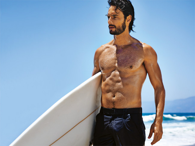 Rodrigo Santoro workout