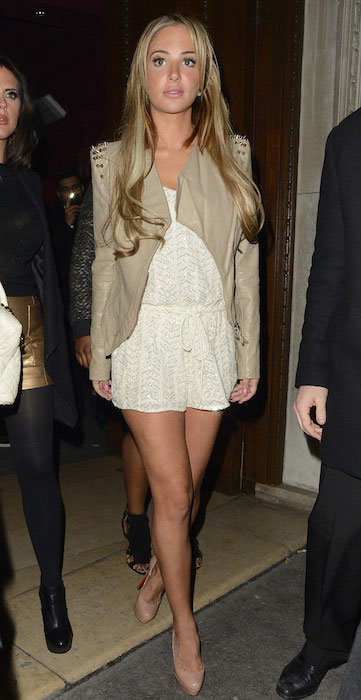 Tulisa Contostavlos height