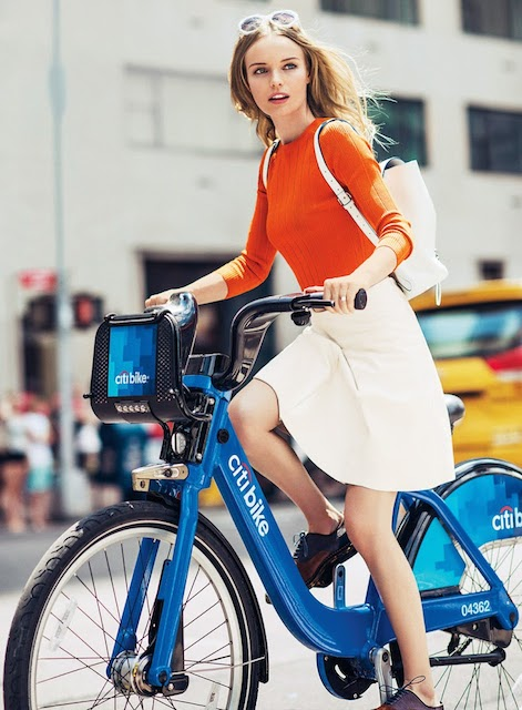 Kate Bosworth doing cycling to attain fitness