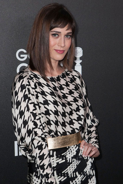 Lizzy Caplan in HFPA 2014 Golden Globe Awards