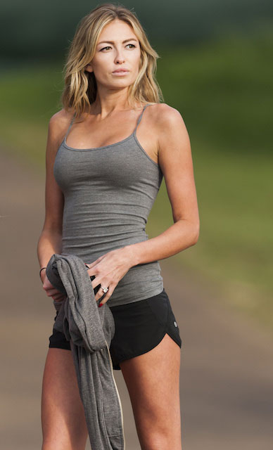 Paulina Gretzky height
