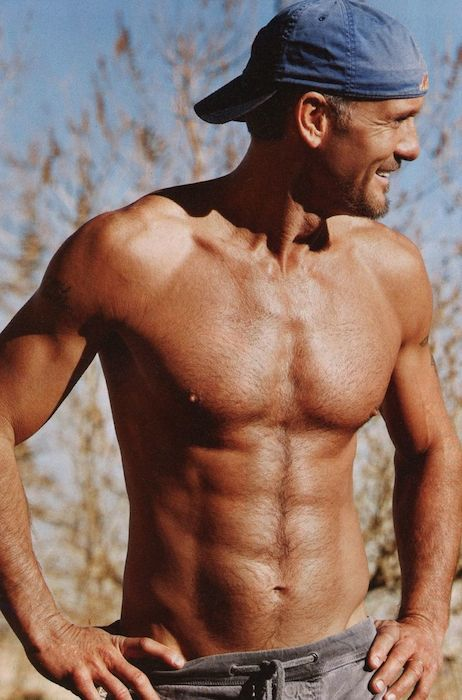Tim McGraw body shirtless