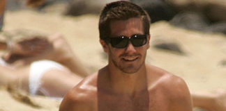 Jake Gyllenhaal shirtless