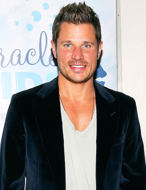 The 44-year old son of father John Lachey and mother Kate La, 175 cm tall Nick Lachey in 2017 photo