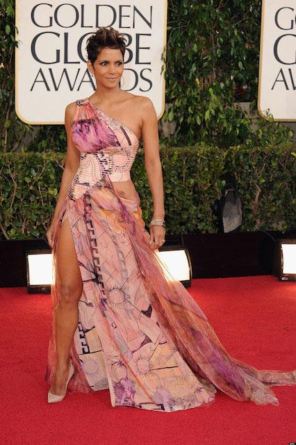 Halle Berry at Golden Globe Awards 2013
