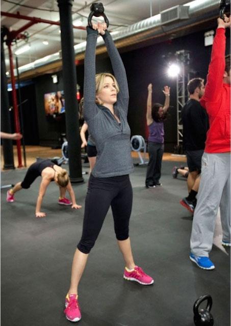 Elizabeth Banks workout