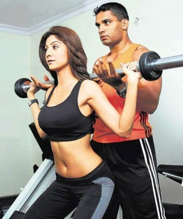 Shilpa Shetty workout with trainer