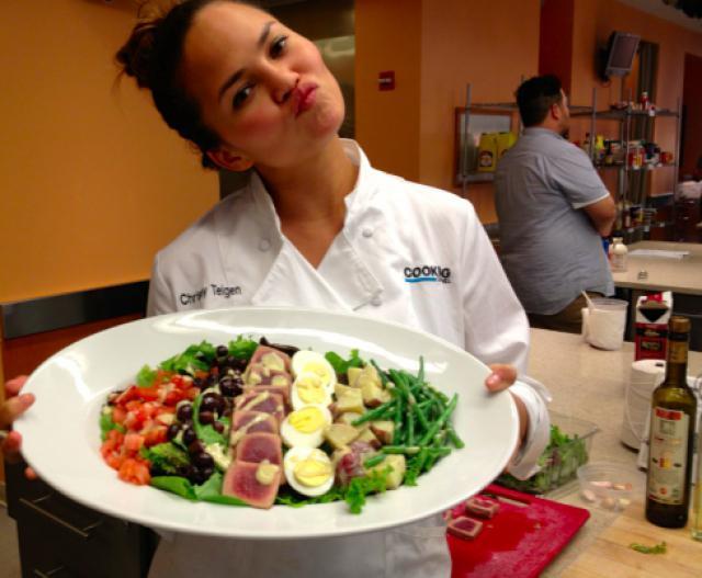Chrissy Teigen eating healthy salad