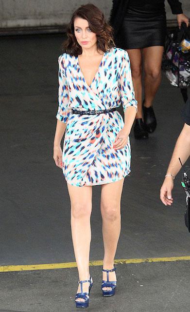 Dannii Minogue legs