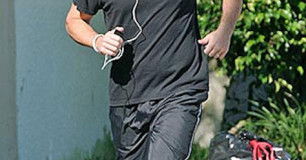 Matt Damon running
