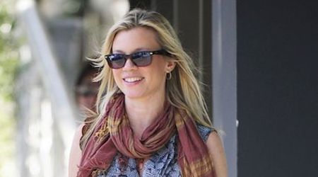 Amy Smart Height, Weight, Age, Body Statistics