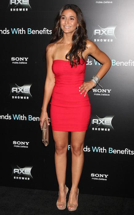 Emmanuelle Chriqui weight