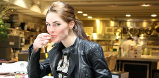Hilary Rhoda eating salad