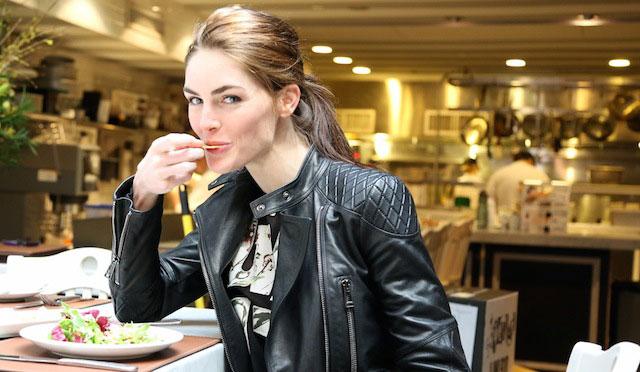 Hilary Rhoda eating salad