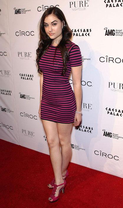 Sasha Grey hot legs