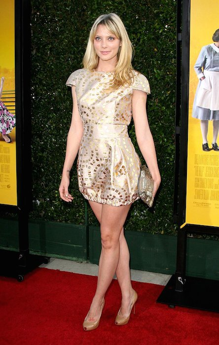 April Bowlby height