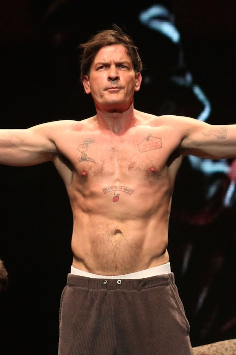 Charlie sheen height weight body statistics healthy celeb charlie sheen shirtless thecheapjerseys Image collections