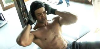 Hrithik Roshan doing crunches.