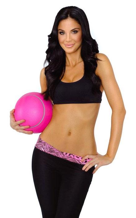 Jayde Nicole workout