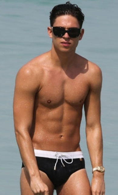 Joey Essex shirtless
