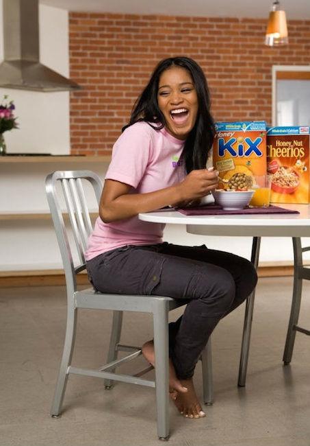 Keke Palmer eating her breakfast