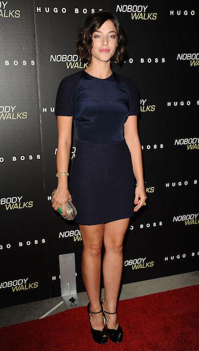 Olivia Thirlby hot legs
