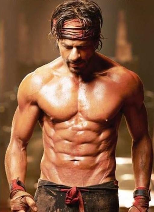 Shahrukh Khan's Eight Pack Abs