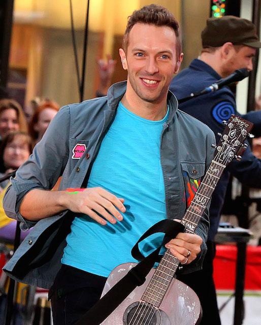 Chris Martin with guitar